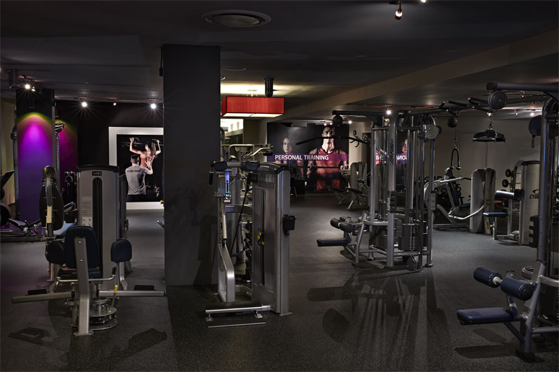 Vida Fitness City Vista Machine weights and cable station